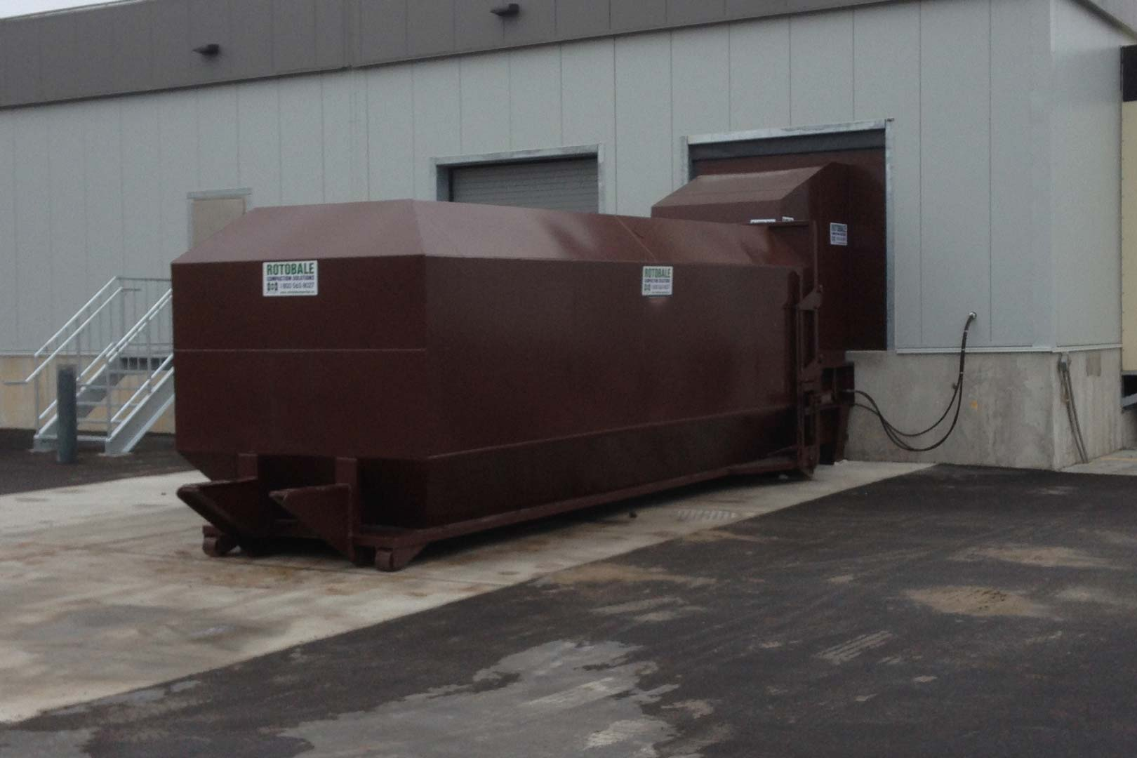 Self Contained Trash Compactor by Rotobale